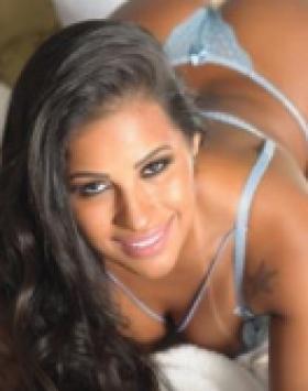 Isabela  Muniz